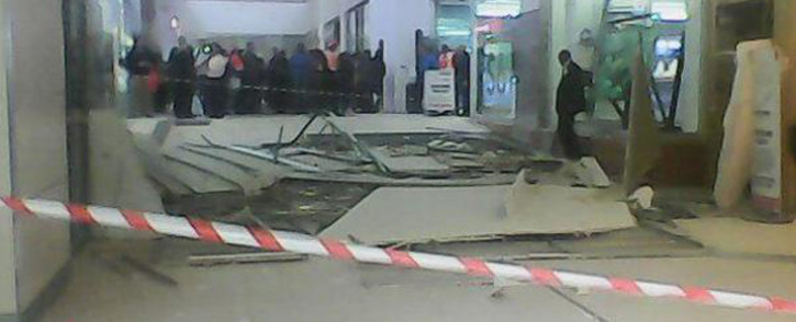 FILE: East Rand Mall is the second shopping centre to suffer a roof collapse. On 3 June a section of the Sandton City's roof caved in, injuring one person. Picture: Kgothatso Mogale/EWN.