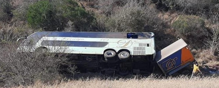A luxury coach overturned on the Kei Cuttings between East London and Butterworth in the EC on 16 August 2021. Picture: @RTMC/Twitter