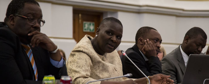 FILE: Suspended National Police Commissioner Riah Phiyega (Centre). Picture: Anthony Molyneaux EWN