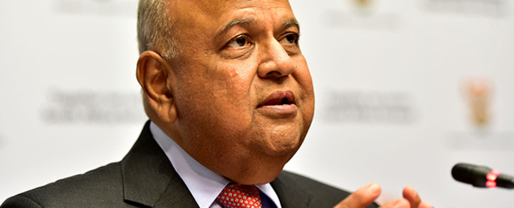 FILE: Finance Minister Pravin Gordhan addresing the media during the Mid Term Budget Speech (MTBS) in Imbizo, Parliament in Cape Town.Picture: GCIS