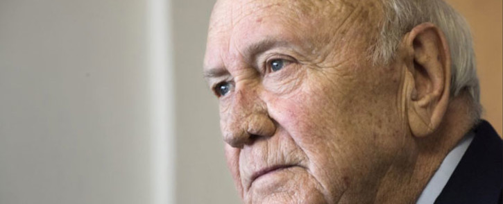 FILE: Frederik Willem de Klerk (FW de Klerk), the former president who shared the Nobel Peace Prize with Mandela in 1993, answers questions about his memories of Nelson Mandela, on 11 July 2017, in his office in Cape Town. De Klerk was the South African president who ordered Mandela's release from prison. Picture: AFP