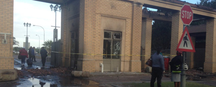 One of the buildings that was set alight overnight at the CPUT's Bellville campus. Picture: Lauren Isaacs/EWN.