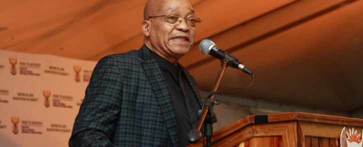 President Jacob Zuma during his visit at the drought hard-hit at uThungulu District Municipality in KwaZulu-Natal to monitor the delivery of water services and launch a drought relief programme in the area as part of the Government effort to support areas that had been affected by drought across the country. Picture: GCIS.