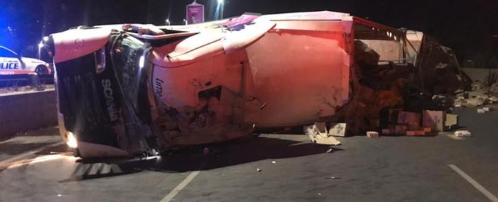 A 22-wheeler truck overturned on the M1 near Parktown. Picture: @JMPD/Twitter