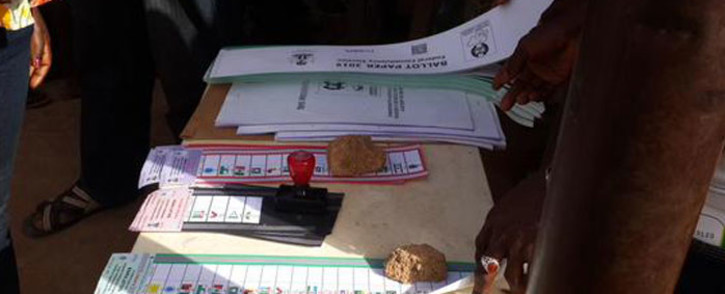 Nigerians vote in that country's presidential election on 28 March 2015. Picture: Samson Omale