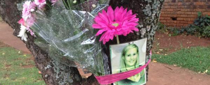 A picture of Chanelle Henning placed on a tree where she died on 8 November 2011. Picture: Barry Bateman/EWN.
