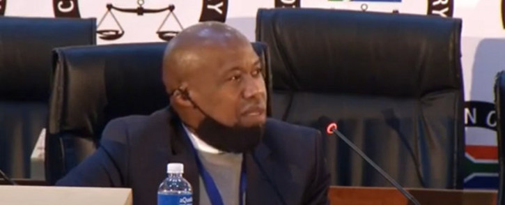 A YouTube screengrab of PricewaterhouseCoopers (PwC) auditor Pule Mothibe giving testimony at the Zondo Commission on 17 July 2020.