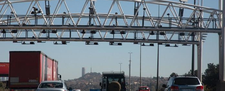 FILE: Almost six years since the implementation of the controversial system, the gantries are still standing and the majority of motorists are not paying. Picture: Xanderleigh Dookey/EWN.