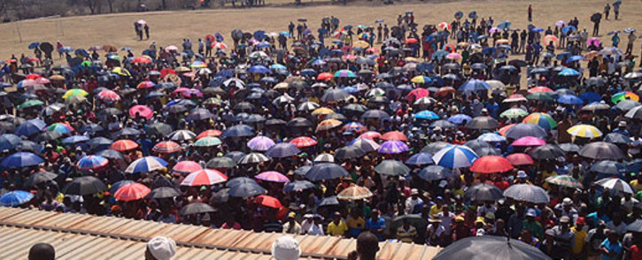 Anglo Platinum workers gather at the Bleskop Stadium in Rustenburg on 6 October 2012. Picture: Govan Whittles/EWN