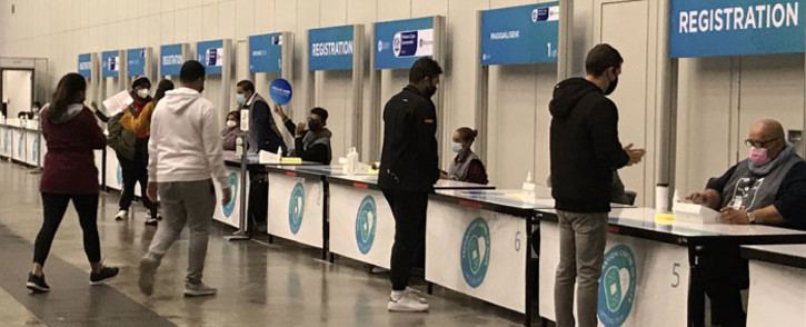 FILE: Young adults from the 18 to 34 cohort at the CTICC in Cape Town to get their COVID-19 vaccine shots. Picture: Kevin Brandt/Eyewitness News