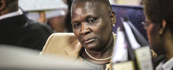 FILE: Suspended National Police Commissioner Riah Phiyega prepares for closing arguments at the inquiry into her fitness to hold office in Centurion on 1 June 2016. Picture: Reinart Toerien/EWN.