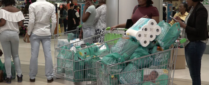 Consumers flooded to various stores for the Black Friday specials. Picture: Louise McAuliffe/EWN.