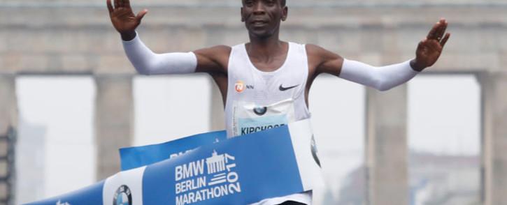 FILE: Ethiopian runner Eliud Kipchoge wins the 2017 Berlin Marathon on 24 September 2017. Picture: AFP.