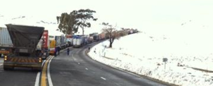 Cars along the N3 delayed due to bad weather conditions. Picture: iwn