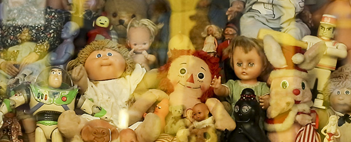 A pop-up exhibition showcasing classic and collectable toys at the V&A Waterfront is a precursor to the Cape Town Museum of Childhood which opens in 2016. Picture: EWN