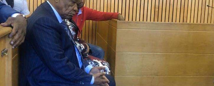 Lesotho PM Tom Thabane (foreground) appears in the Maseru Magistrates Court accompanied by his wife Lesotho First Lady Maesiah Thabane, son Potlako Thabane, Water Minister Samonyane Ntsekele, senior private secretary Thabo Thakalekoala among others. Picture: Nthakoana Ngatane/EWN.