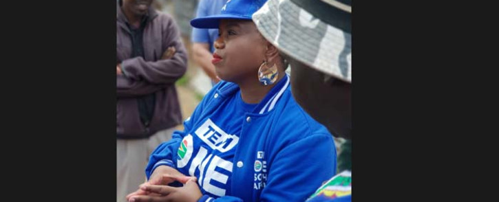 DA MP Phumzile van Damme speaks to Alexandra residents on 7 January 2019 during the party's campaign trail in the township. Picture: @Our_DA/Twitter