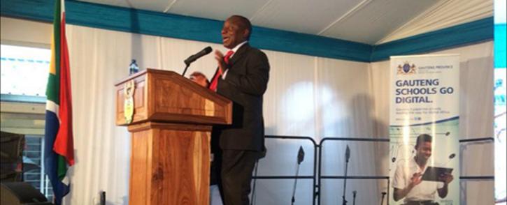 Deputy President Cyril Ramaphosa addresses pupils on 14 January, 2015. Picture: Thando Kubheka/EWN.