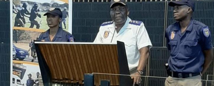 JMPD chief David Tembe (C). Picture: @AsktheChiefJMPD/Twitter.