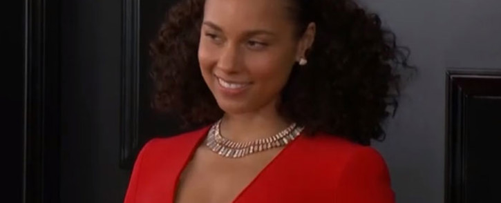 A screengrab of Alicia Keys on the red carpet at the 2019 Grammy Awards on 10 February 2019.