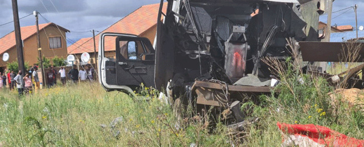 There was a cash-in-transit heist on the R28 Main Reef Road in Mohlakeng, west of Johannesburg, on 6 January 2020. Picture: SAPS.
