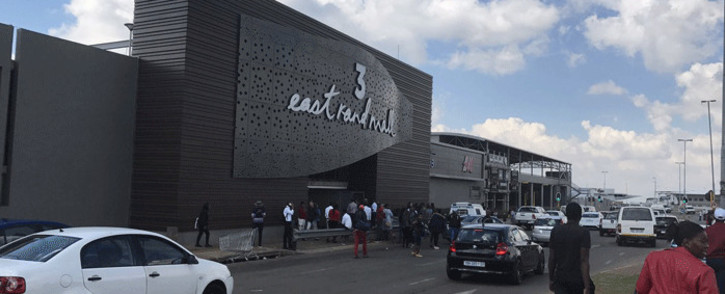 Police were following up on a tip-off about the five-member gang wanted for murder when the shootout happened at the East Rand Mall. Picture: Thando Kubheka/EWN.