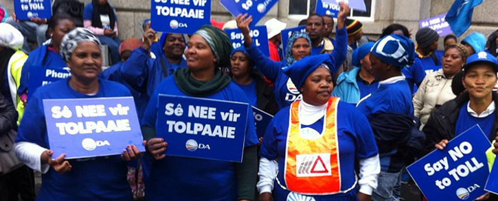 FILE: DA members picketing outside the Western Cape High Court. Picture: EWN.