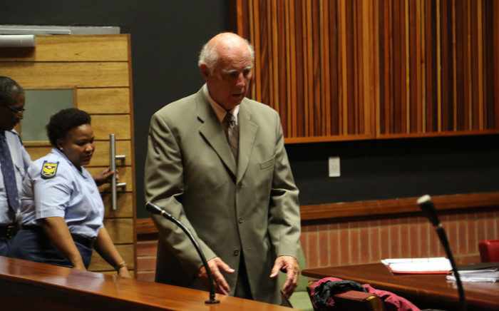 FILE: Former tennis champion Bob Hewitt outside court after being sentenced to an effective six years in jail for rape and indecent assault. Picture: Kgothatso Mogale/EWN.