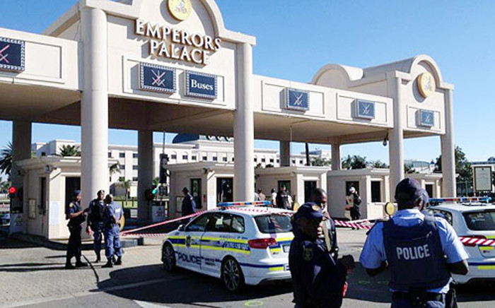 Police block off the entrance to the Emperors Palace Casino on the East Rand after a robbery on 28 April 2013. Picture: Shain Germaner/EWN