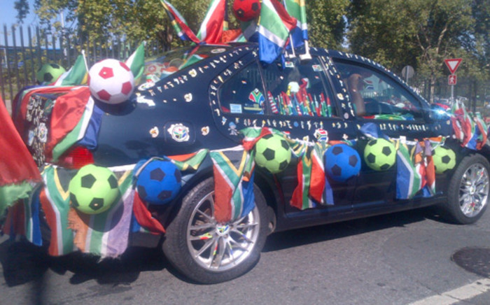 A patriotic soccer supporter spotted driving around Joburg on Football Friday, 25 January 2013. Picture: Adrian Sallie/iWitness