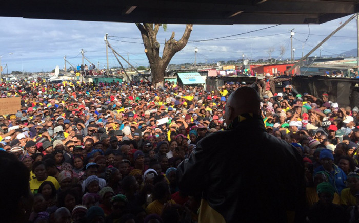 President Jacob Zuma addresses the crowd during an election campaign in Cape Town. Picture: Xolani Koyana/EWN.