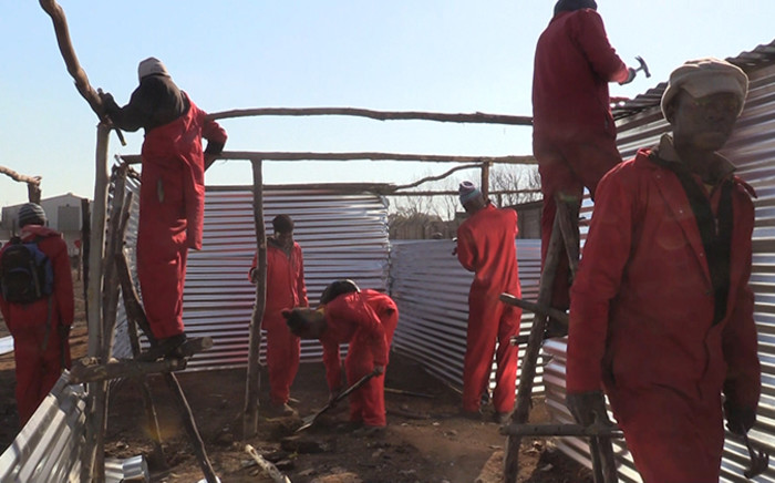 FILE: More than 300 shacks built by the Red Ants in Belgravia will have to be broken down. Picture: Vumani Mkhize/EWN.