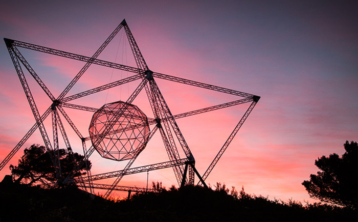 The SunStar sculpture seen before its first official illumination on Signal Hill on 19 November 2014. Picture: Aletta Gardner/EWN