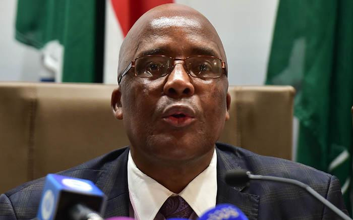 Minister of Health Aaron Motsoaledi briefs the media on 5 June 2018 on the status of healthcare in the country. Picture: GCIS.