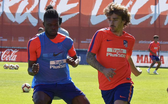 Antoine Griezmann (right) during a training session at Atletico Madrid. Picture: @atletienglish/Twitter
