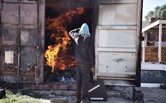 The Mmabana Arts and Cultural Centre in Mahikeng has been gutted in a fire during protests in the area. Picture: Ihsaan Haffejee/EWN.