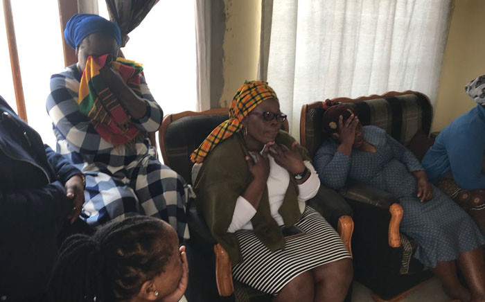 The family of Uyathandwa Stuurman mourn the death of the four-year-old girl after her body was found on a field in Khayelitsha, Cape Town. Picture: Lauren Isaacs/EWN.