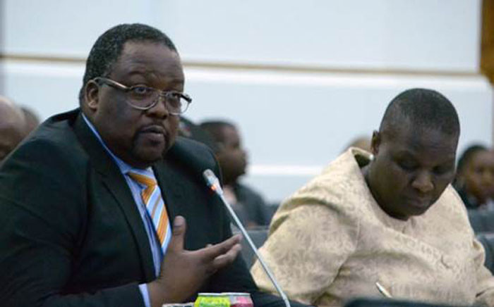 Police Minister Nkosinathi Nhleko reports the findings of the 2014/2015 crime statistics in Parliament. Picture: Anthony Molyneaux/EWN