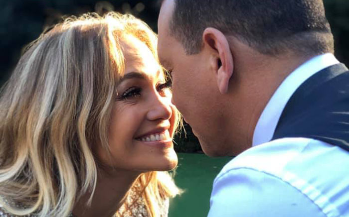 Jennifer Lopez and Alex Rodriguez. Picture: @jenniferlopez/Facebook.com.