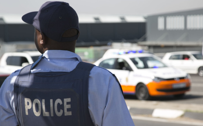 FILE: A SAPS member was shot while trying to make an arrest on Thursday 16 October 2014. Picture:  Christa Eybers/EWN.