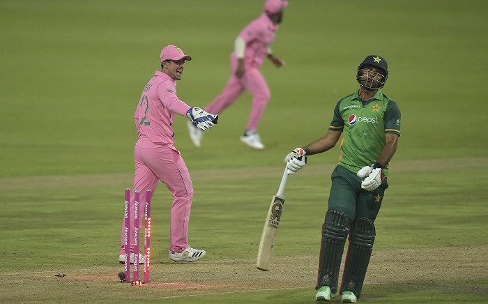 Pakistan's Fakhar Zaman (R) reacts after being run out South Africa's Aiden Markram (not visible) as South African wicketkeeper Quinton de Kock (L) looks on during the second one-day international (ODI) cricket match between South Africa and Pakistan at Wanderers Stadium in Johannesburg on April 4, 2021. Picture: Christiaan Kotze / AFP.