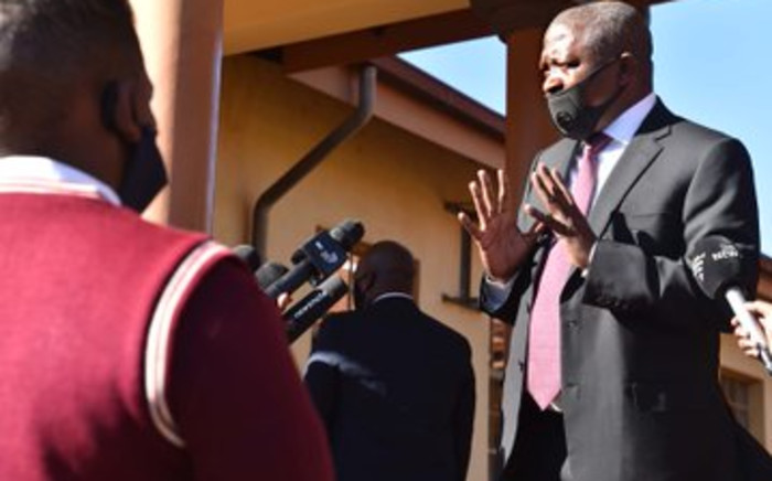 Deputy President David on the visit to North West Province on 12 June 2020 to assess readiness and the provincial response to COVID-19, Bojanala District Municipality. Picture: Twitter/Presidency
