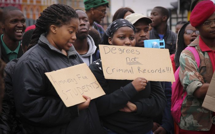 FILE: Students outside Parliament want government to respond to their call for amnesty for those arrested during the Fees Must Fall protests. Picture: EWN
