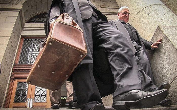 FILE: Defence lawyer Francois Van Zyl leaving the Western Cape High Court after Shrien Dewani's murder trial on 30 October 2014. Picture: Thomas Holder/EWN
