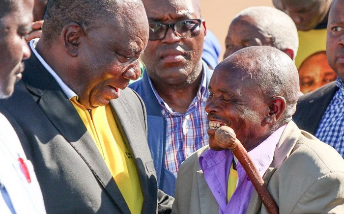 ANC President Comrade Cyril Ramaphosa engages with residents of Mqanduli, Eastern Cape. Picture: ANC.