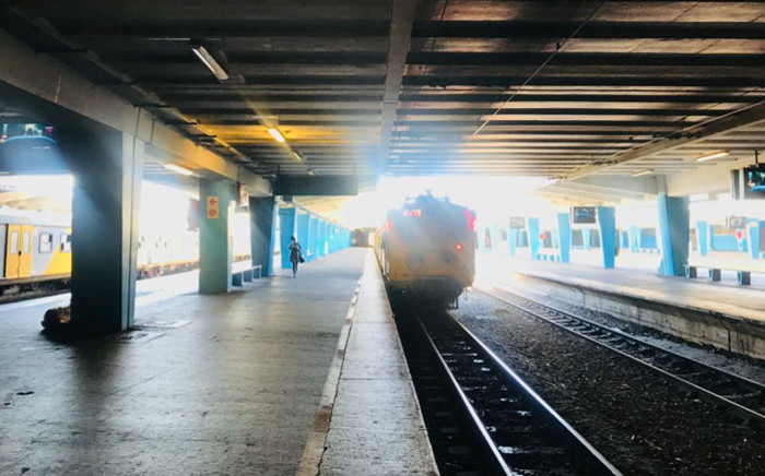 A Metrorail train arrives at the Cape Town station. Picture: @CapeTownTrains/Twitter