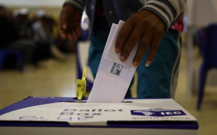 A voter casts his ballot paper during the national government elections on 8 May 2019. Picture: Cindy Archillies/EWN.