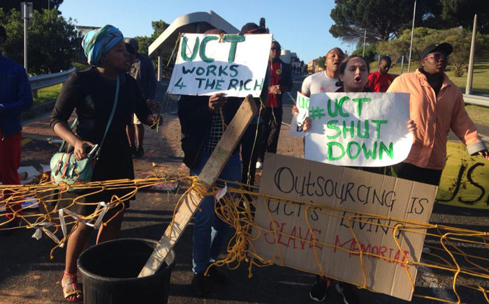 Students at the University of Cape Town protest against increased tuition fees on Monday 19 October 2015. Picture: Lauren Isaacs/EWN.