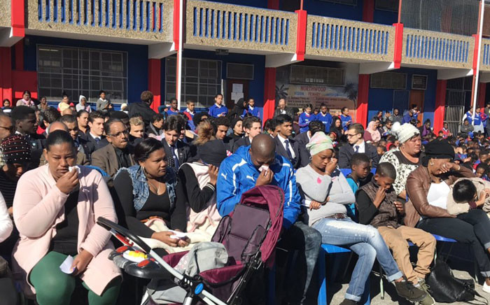 Pupils, teachers and family members gathered for a memorial service for Janika Mello on 4 September 2019. Picture: Lauren Isaacs/EWN.