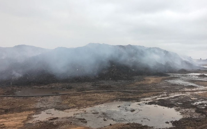 Smoke generated by the fire at the Gartskloof landfill site. Picture: @CityTshwane/Twitter.